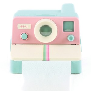 doiy-polaroll-color-distributeur-papier-toilette-polaroid