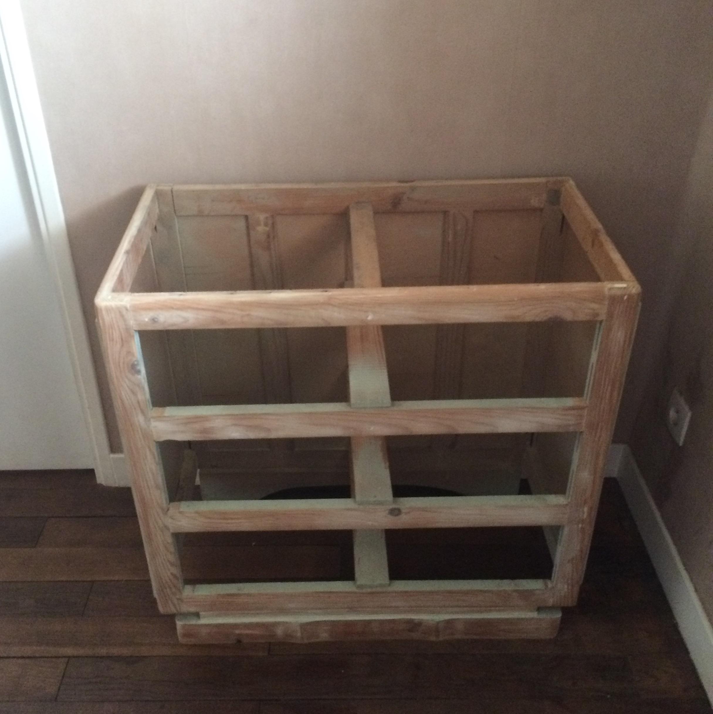 great interesting juai donc repeint en blanc achet un panneau en bois chez castorama pour le. Black Bedroom Furniture Sets. Home Design Ideas