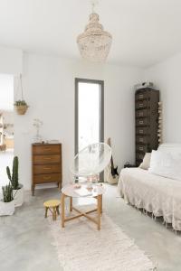 Chez-constance-et-dorian-biarritz-interieur-bois-blanc6