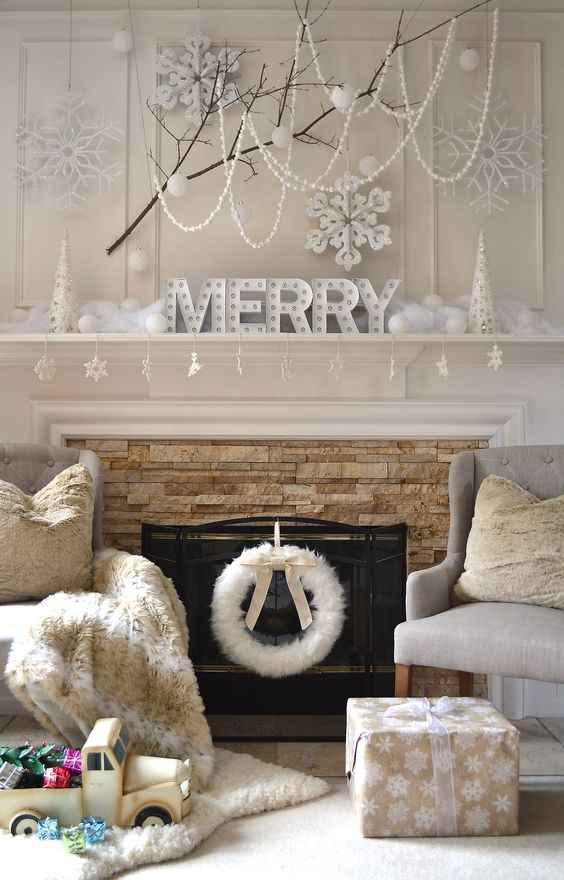white-touch-xmas-decorations