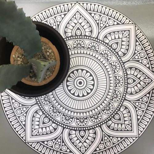 tapis-en-vinyle-rond-mandala-mexico